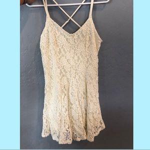 🌸 American Eagle Floral Lace Dress 🌸